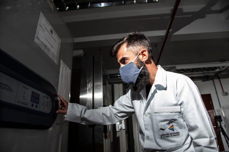 Ultracongeladores têm capacidade para armazenar de 400 a 500 litros – Foto: Anderson Coelho/ND