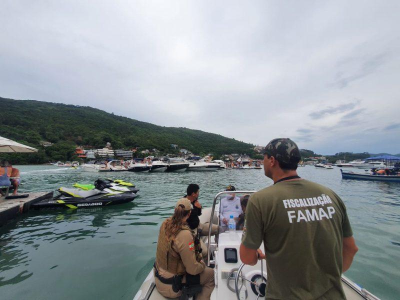 Sons estão proibidos na praia de Caixa D'Aço, em Porto Belo. – Foto: Prefeitura de Porto Belo/Divulgação/ND