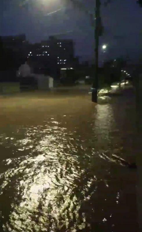 Apesar da chuva, a Defesa Civil não registrou desalojados ou desabrigados – Foto: Ricardo Alves/NDTV