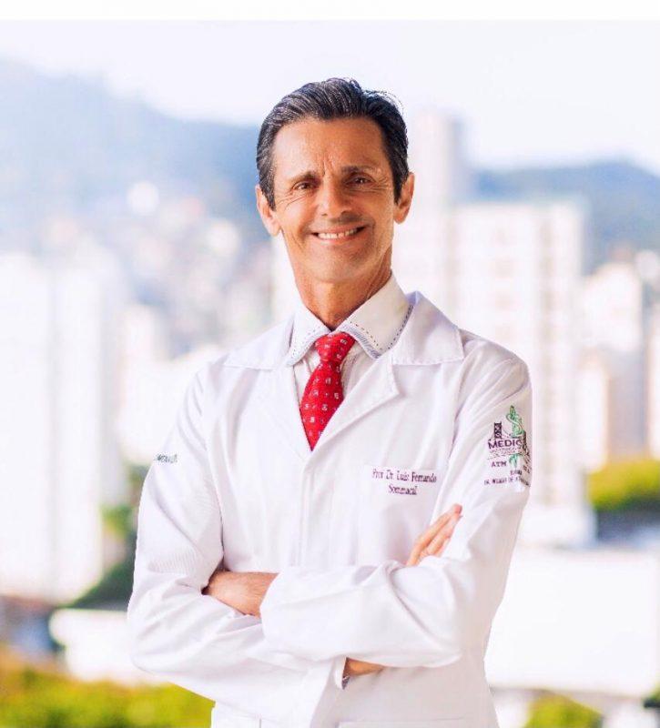 Luiz Sommacal, médico que trata pacientes com câncer
