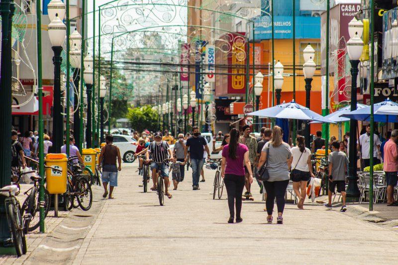 Registro da rua Hercílio Luz, em Itajaí – Foto: Arquivo/Bruno Golembiewski/ND