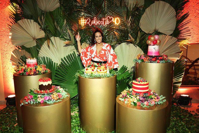 Roberta Almeida quando comemorou seus 40 anos com festa decorada por ela mesma – Foto: Angelo Santos/Divulgação/ND