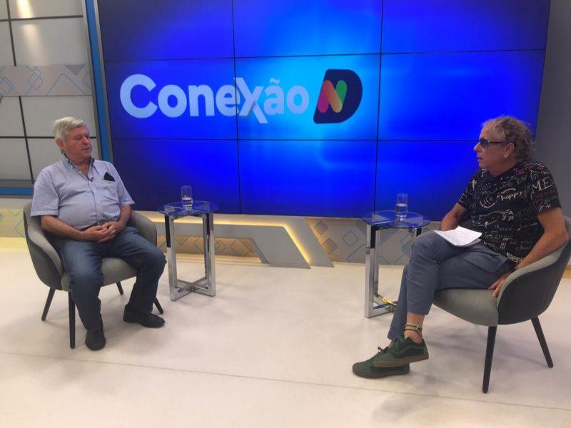 O Colunista Cacau Menezes recebe o engenheiro Sergio Colle, da UFSC, para discutir os fatos recentes dos Estados Unidos – Foto: Reprodução/NDTV