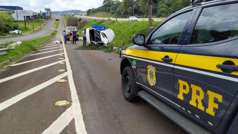 A jovem estava sozinha no momento do acidente. – Foto: PRF/Divulgação