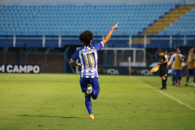 Valdívia segue no Avaí para a temporada 2021 – Foto: Frederico Tadeu/Avaí FC