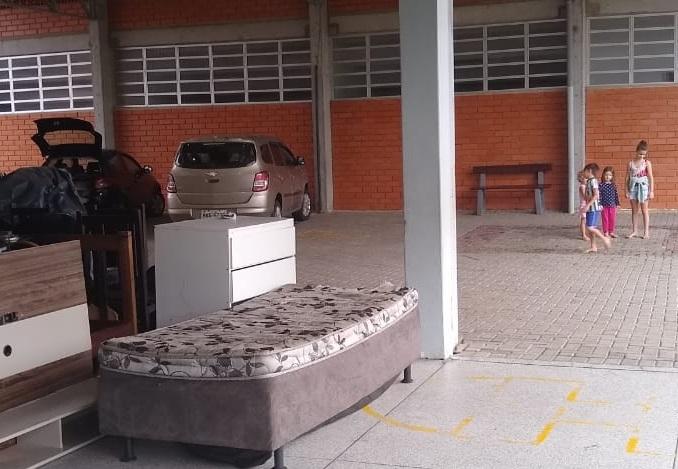Três famílias estão acolhidas em abrigo de Timbó - Defesa Civil Timbó / Divulgação