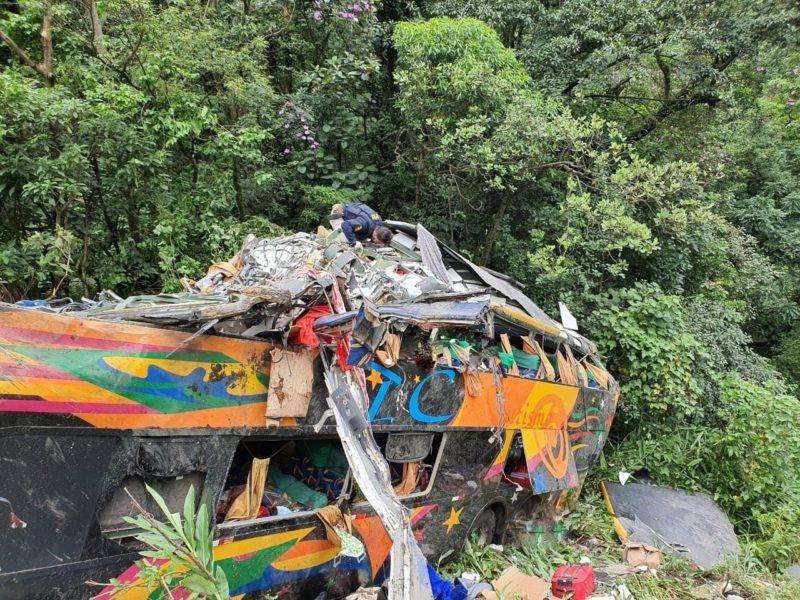 19 pessoas morreram no acidente com o ônibus vindo do Pará – Foto: PRF/Divulgação