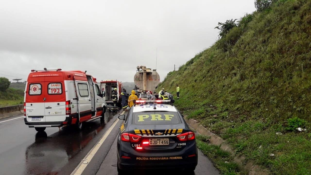PRF esteve no local para fazer a segurança no tráfego - Corpo de Bombeiros/Divulgação/ND