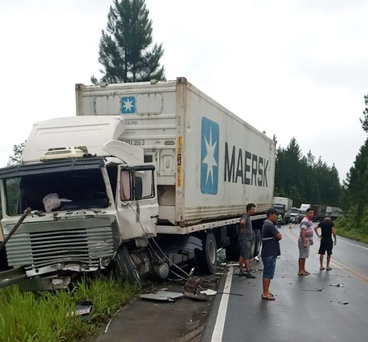 Acidente ocorreu na SC-415, em Itapoá – Foto: Divulgação/ND