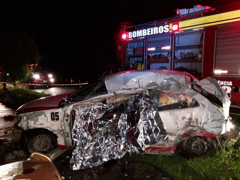 Motorista do carro acabou morrendo no local – Foto: CBM/ND