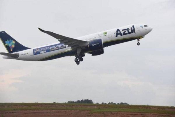 Avião da azul linhas aéreas