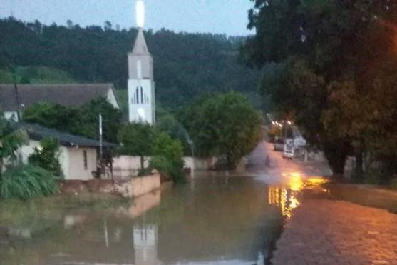 Forte chuva também atingiu Ituporanga, no Alto Vale - Divulgação / Redes Sociais