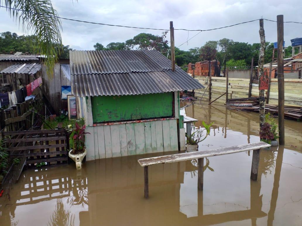 12 residências foram orientadas a deixar suas residências por conta das chuvas. - Defesa Civil Navegantes/Divulgação