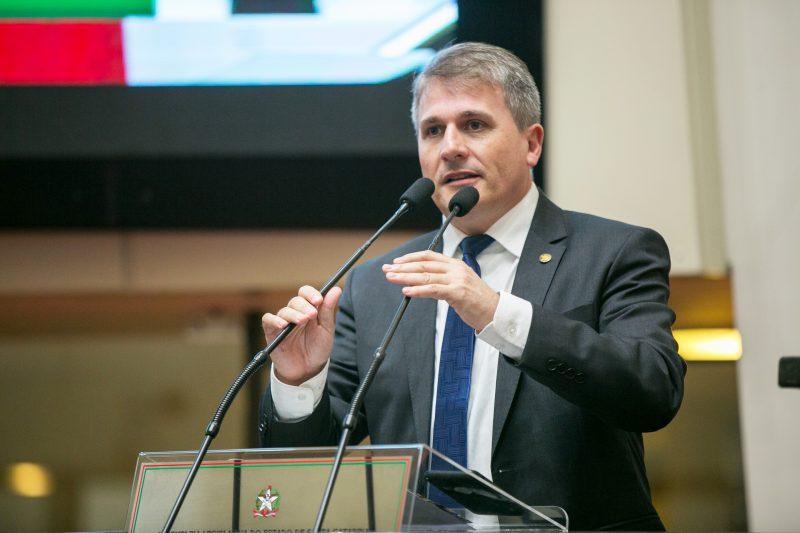 Parlamentar tem fortes vínculos com o setor agrícola – Foto: Rodolfo Espínola / Agência AL/ND