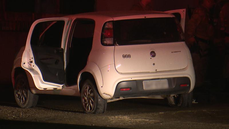 Suspeitos fugiram em um carro após realizar o roubo – Foto: Ricardo Alves/NDTV