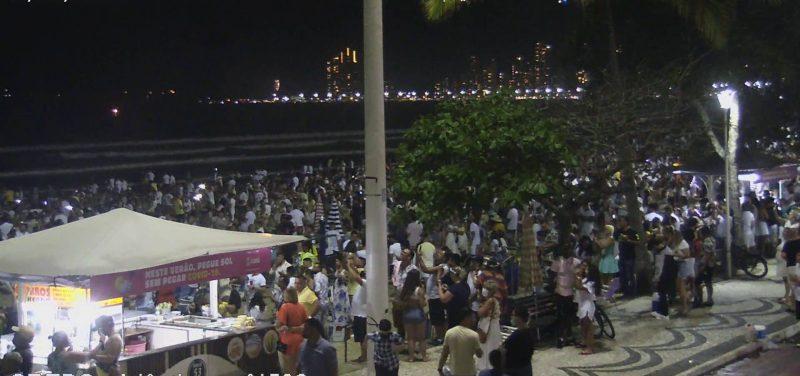 Multidão de pessoas durante a virada em Balneário camboriú – Foto: SSP-SC/Reprodução/ND