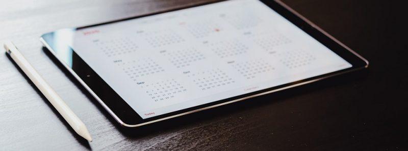 Calendário do iOS: veja como começar a semana pelo domingo - Omar Al-Ghossen on Unsplash