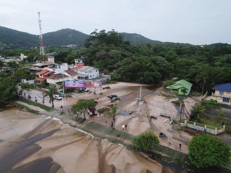 Panorâmica do local afetado na Avenida das Rendeiras, na Lagoa da Conceição – Foto: Leonardo Sousa/PMF/Divulgação/ND