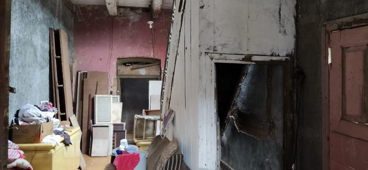 A casa foi construída em 1888 e corre o risco de colapsar - Stêvão Limana/NDTV