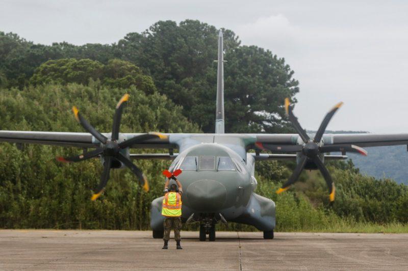 Avião com as vacinas aterrissou na Base Aérea de Florianópolis por volta das 11h30 – Foto: Anderson Coelho/ND