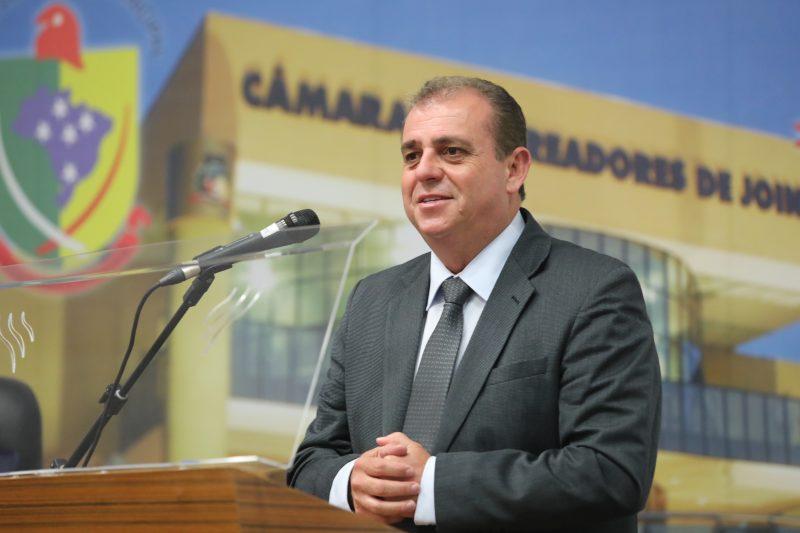 Claudio Aragão defendeu a retirada do projeto que reduz o recesso – Foto: André Kopsch/ND
