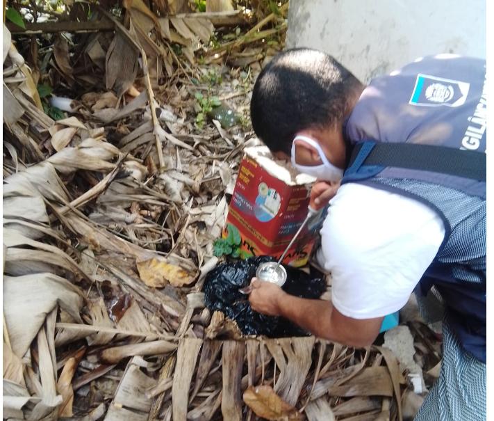 Equipes de saúde da Prefeitura de Florianópolis fiscalizam as casas e terrenos do município diariamente, com profissionais em vários bairros ao mesmo tempo – PMF/Divulgação/ND