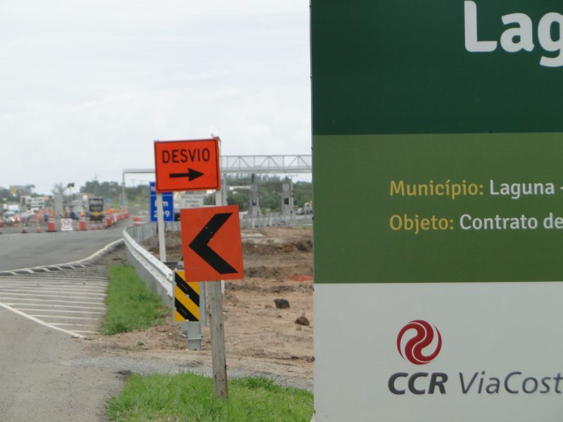 Pedágio da CCR Via Costeira sendo construído no trecho Sul da BR101; atendimento 24h começa a funcionar a partir deste domingo (7) – Foto: Diogo de Souza/ND