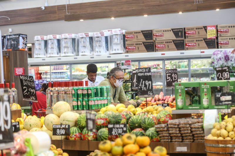Lojas não vão funcionar nesta segunda-feira (17) – : Anderson Coelho/Arquivo/ND