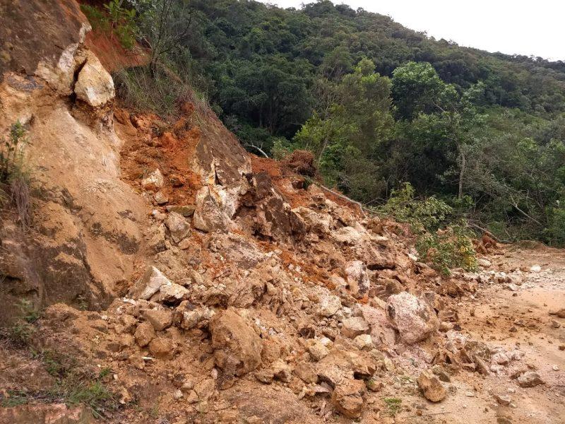Estradas ficaram interditadas na região interiorana da cidade – Foto: Prefeitura de Anitápolis/Divulgação/ND