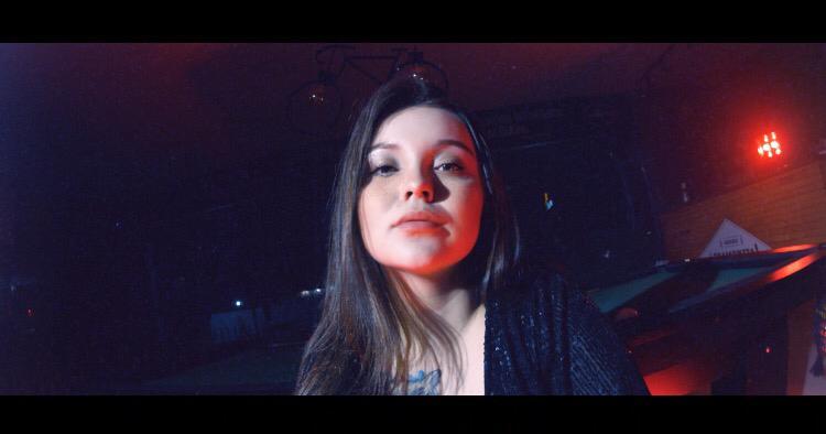 Cantora já está trabalhando no lançamento de novas músicas – Foto: Arquivo Pessoal/Divulgação