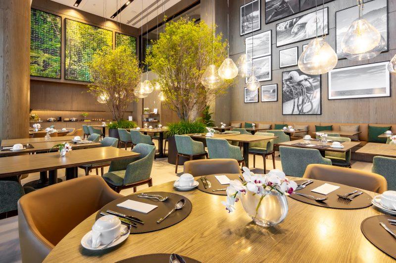 Restaurante, com projeto da Roberto Migotto Arquitetura – Foto: Danusa Rhonden