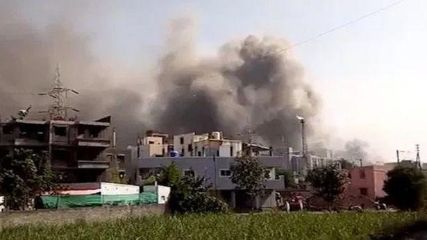incêndio na fábrica de vacina