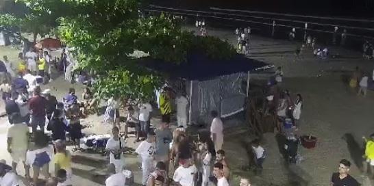 Pessoas circularam pela orla da praia. - SSP/Divulgação/ND