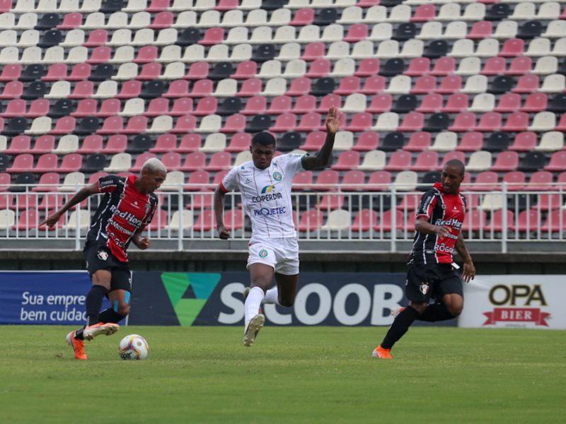 Atuação intensa e agressiva deu a vitória e a liderança ao Tricolor, que não perde em casa há seis meses – Foto: Vitor Forcellini/JEC