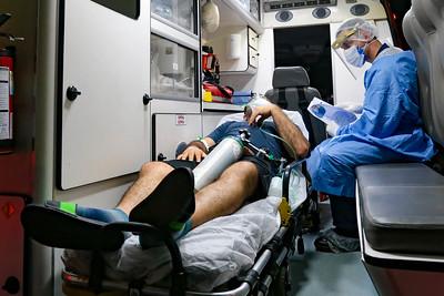 Para receber os pacientes de Manaus, a Secretaria da Saúde de SC elaborou um protocolo para os profissionais envolvidos no atendimento, para reforçar a biossegurança na operação de apoio. – Foto: Mauricio Vieira/Secom/ND