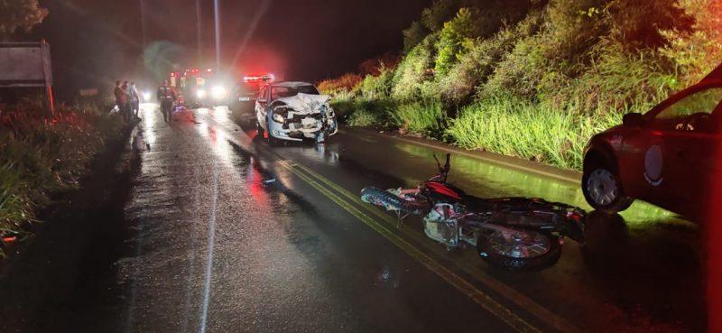 O acidente ocorreu por volta das 22h desta sexta-feira (29). – Foto: PMRV/Divulgação/ND