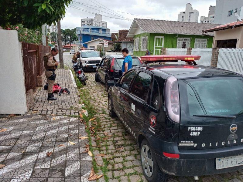 Policial civil de folga prende homem por roubo. – Foto: Polícia Civil/Divulgação