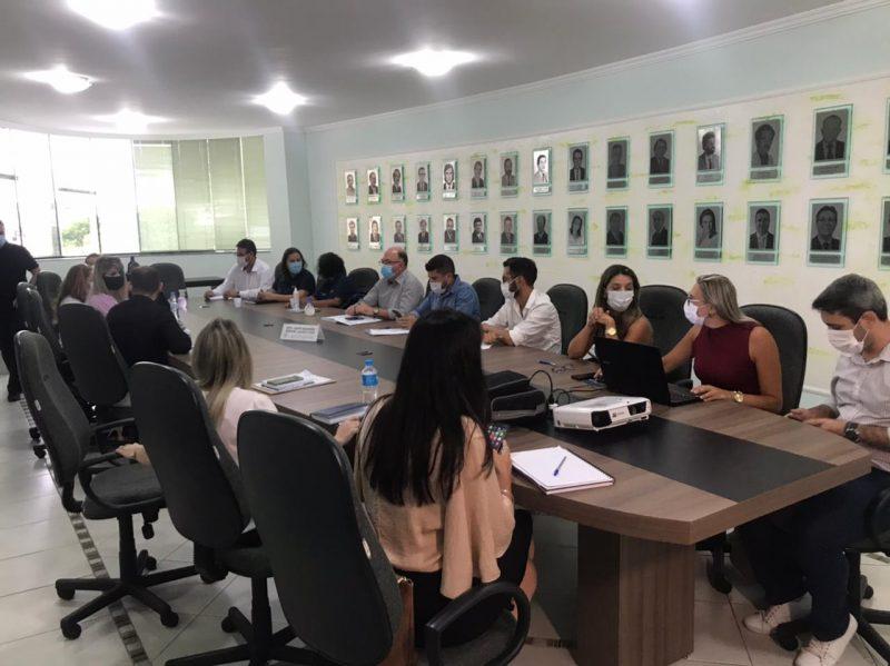 Secretários de Saúde das 11 cidades da Foz do Rio Itajaí se reuniram. – Foto: Kassia Salles/ND