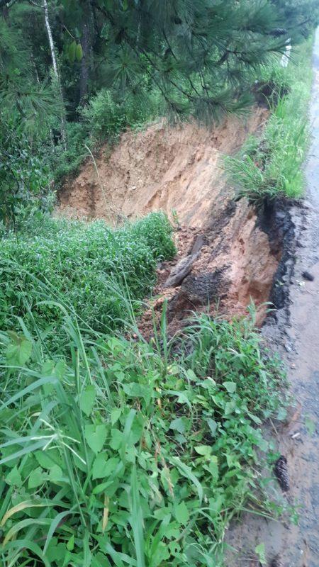 Movimentação de terra foi registrado na BR-280 em Mafra – Foto: PRF/Divulgação