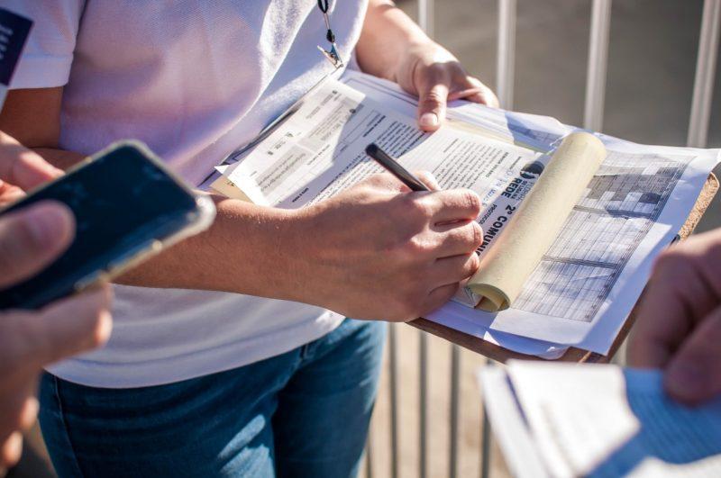 Moradores estão sendo notificados para agendar vistoria – Foto: Tito Pereira/Floripa Se Liga Na Rede/ND