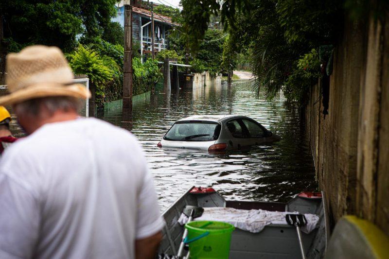 Vereadores acompanharão tratativas para atender moradores e pescadores atingidos pelo rompimento da estrutura na Lagoa da Conceição