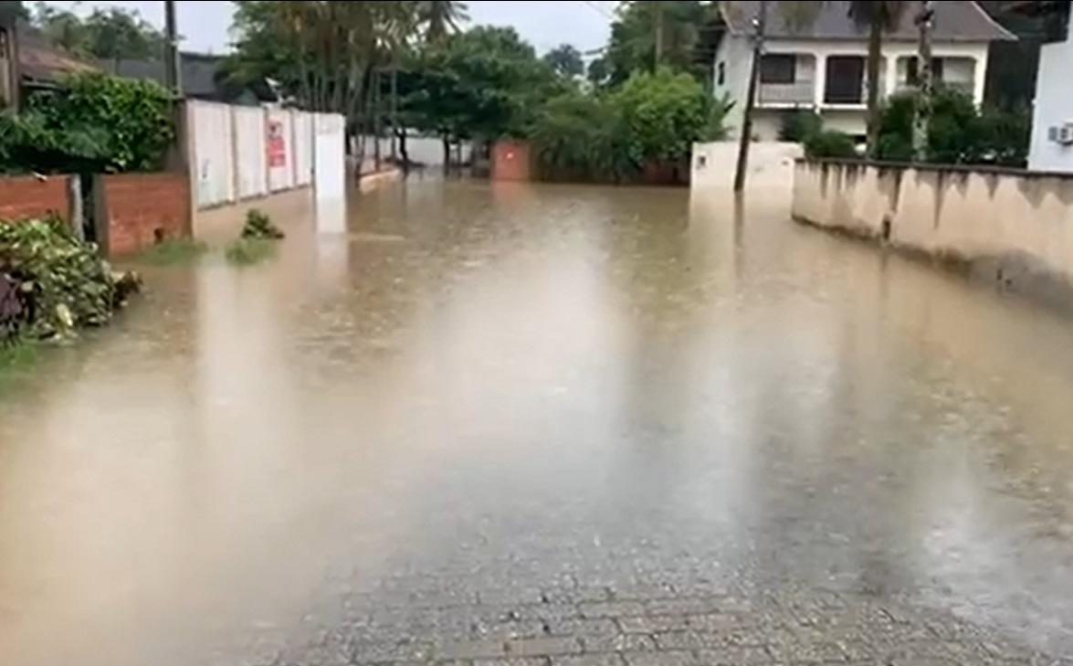 E mil moradores tiveram as casas afetadas por alagamentos - Portal Misturebas/Repodução