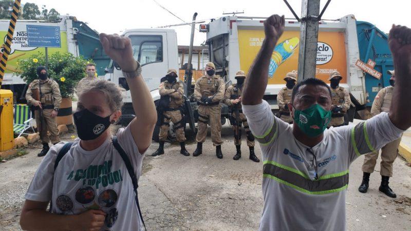 Trabalhadores da Comcap e sindicalistas do Sintrasem em piquete de greve no Itacorubi – Foto: Divulgação/Sintrasem/ND
