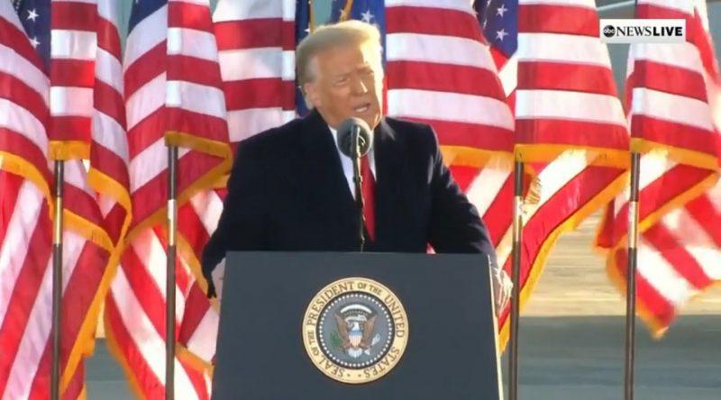 Trump durante discurso no último dia como presidente dos EUA – Foto: ABC News/Divulgação/ND