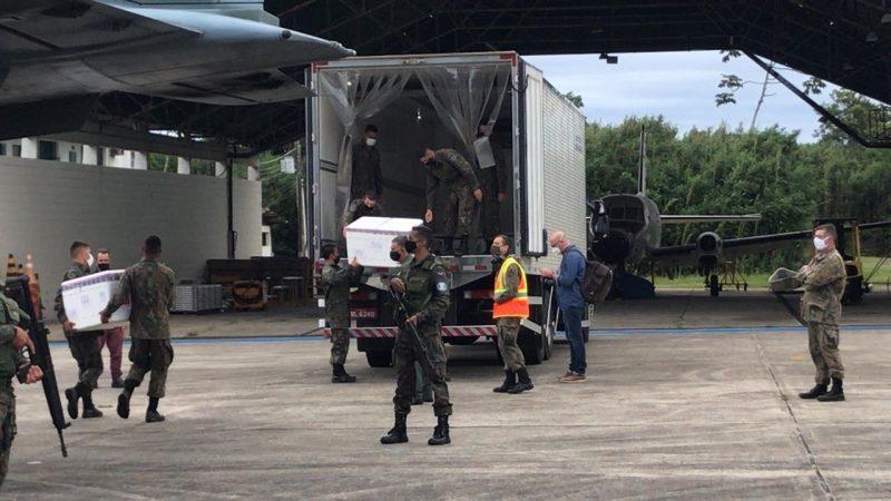Doses chegaram em Florianópolis na manhã desta segunda (18) – Foto: Bruna Stroisch/ND