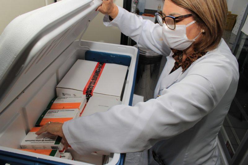 Os primeiros a receber vacina, de acordo com o PNI, são os profissionais de saúde – Foto: Arquivo/Marcos Porto/PMF de Itajaí