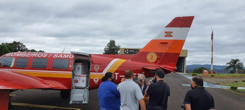 Videira é a sede da Regional da Saúde no Oeste e também recebeu doses da Coronavac pelos bombeiros militares – Foto: CBMSC/Divulgação/ND