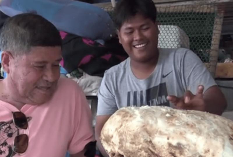 Chalermchai Mahapan, de apenas 22 anos, ficou rico de dar nojo – Foto: Reprodução