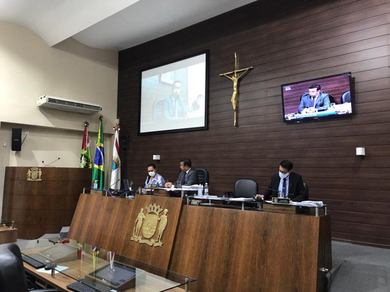 Sessão segue na Câmara Municipal de Florianópolis – Foto: Léo Munhoz/ND