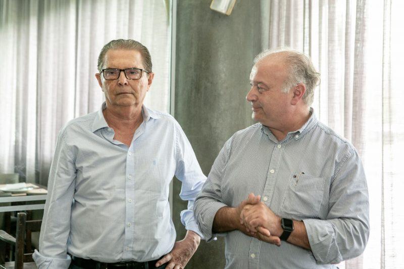 Médico veterinário Gerson Catalan e ex-secretário de Estado da Agricultura, da Pesca e do Desenvolvimento Rural Ricardo de Gouvêa – Foto: MB Comunicação/ND